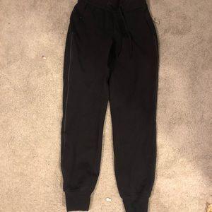 Black lululemon joggers-size 2